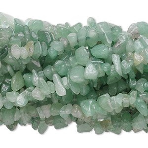 Bead, green aventurine (natural), medium chip with 0.5-1.5mm hole, Mohs hardness 7. Sold per pkg of (10) 34-inch strands.