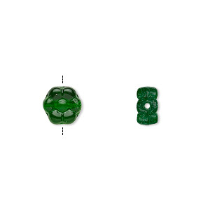 bead, czech pressed glass, emerald green, 8.5x8.5mm flower. sold per 16-inch strand, approximately 50 beads.