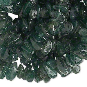 bead, green aventurine (natural), dark, medium hand-cut chip, mohs hardness 7. sold per 36-inch strand.