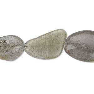 bead, labradorite (natural), medium to large hand-cut flat nugget, mohs hardness 6 to 6-1/2. sold per 13-inch strand.