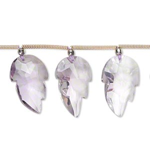 bead, lavender amethyst (natural), 15x10mm-18x11mm graduated hand-cut top-drilled faceted leaf, b+ grade, mohs hardness 7. sold per pkg of 5 beads.