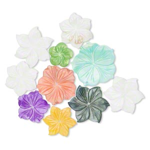 bead mix, mother-of-pearl shell (bleached / dyed), mixed colors, 15x15mm-40x40mm hand-carved flower, mohs hardness 3-1/2. sold per pkg of 10.