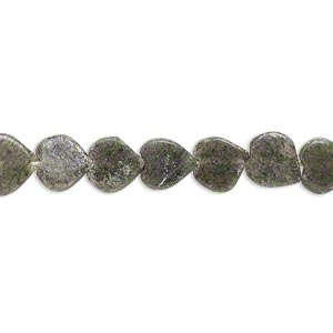 bead, moss agate (natural), 7mm-9mm hand-cut flat heart, d grade, mohs hardness 6-1/2 to 7. sold per 13-inch strand.