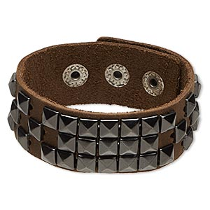 bracelet, leather (dyed) with gunmetal-finished pewter (zinc-based alloy) and steel, light brown, 25mm wide with square studs, adjustable from 6-7 inches with snap closure. sold individually.
