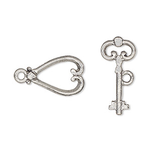 clasp, toggle, antiqued pewter (tin-based alloy), 17x12mm heart with key bar. sold per pkg of 2.