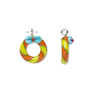 drop, lampworked glass and silver-finished steel, multicolored, 13mm wreath with bow. sold per pkg of 2.
