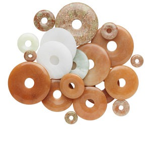focal and component mix, multi-gemstone (natural), 15-50mm round donut, c grade. sold per 1/2 pound pkg, approximately 5-30 pieces.