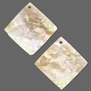 focal, gold lip shell and resin (assembled), gold / white / cream, 31x31mm single-sided crackled diamond, mohs hardness 3-1/2. sold per pkg of 2.