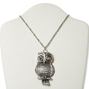 necklace, antique silver-plated steel and pewter (zinc-based alloy) with glass rhinestone, light brown, 3 x 1-3/4 inch owl, 22 inches with 3-inch extender chain and lobster claw clasp. sold individually.