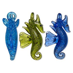 pendant, lampworked glass, blue / cobalt / green with silver-colored foil, 42x24mm double-sided seahorse. sold per set of 3.
