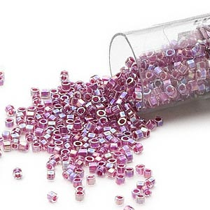seed bead, delica, glass, color-lined rainbow magenta, (db56cut), #11 cut. sold per 7.5-gram pkg.