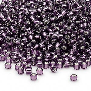 seed bead, dyna-mites™, glass, silver-lined translucent amethyst purple, #8 round. sold per 1/2 kilogram pkg.