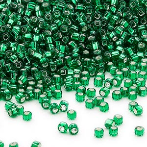 seed bead, dyna-mites™, glass, silver-lined translucent emerald green, #11 round with square hole. sold per 40-gram pkg.