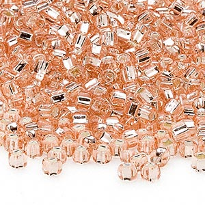 seed bead, dyna-mites™, glass, silver-lined translucent light pink, #6 round with square hole. sold per 40-gram pkg.