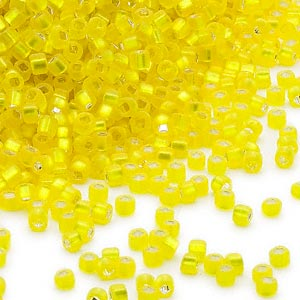 seed bead, dyna-mites™, glass, silver-lined translucent matte yellow, #11 round with square hole. sold per 40-gram pkg.