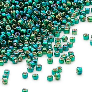 seed bead, dyna-mites™, glass, silver-lined translucent rainbow dark green, #11 round with square hole. sold per 1/2 kilogram pkg.