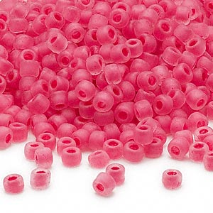 seed bead, dyna-mites™, glass, translucent matte inside color pink, #6 round. sold per 1/2 kilogram pkg.