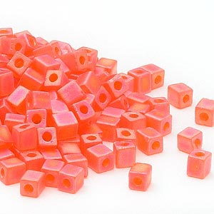 seed bead, miyuki, glass, transparent frosted rainbow orange, (sb138fr), 3.5-3.7mm square. sold per 25-gram pkg.